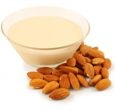https://docakilah.files.wordpress.com/2011/06/almond_milk.jpg