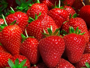 strawberries26685